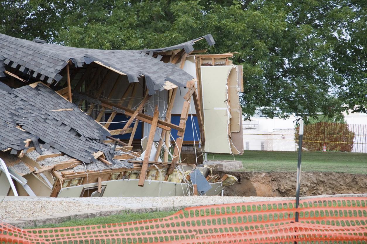 florida sinkhole damage attorney claims